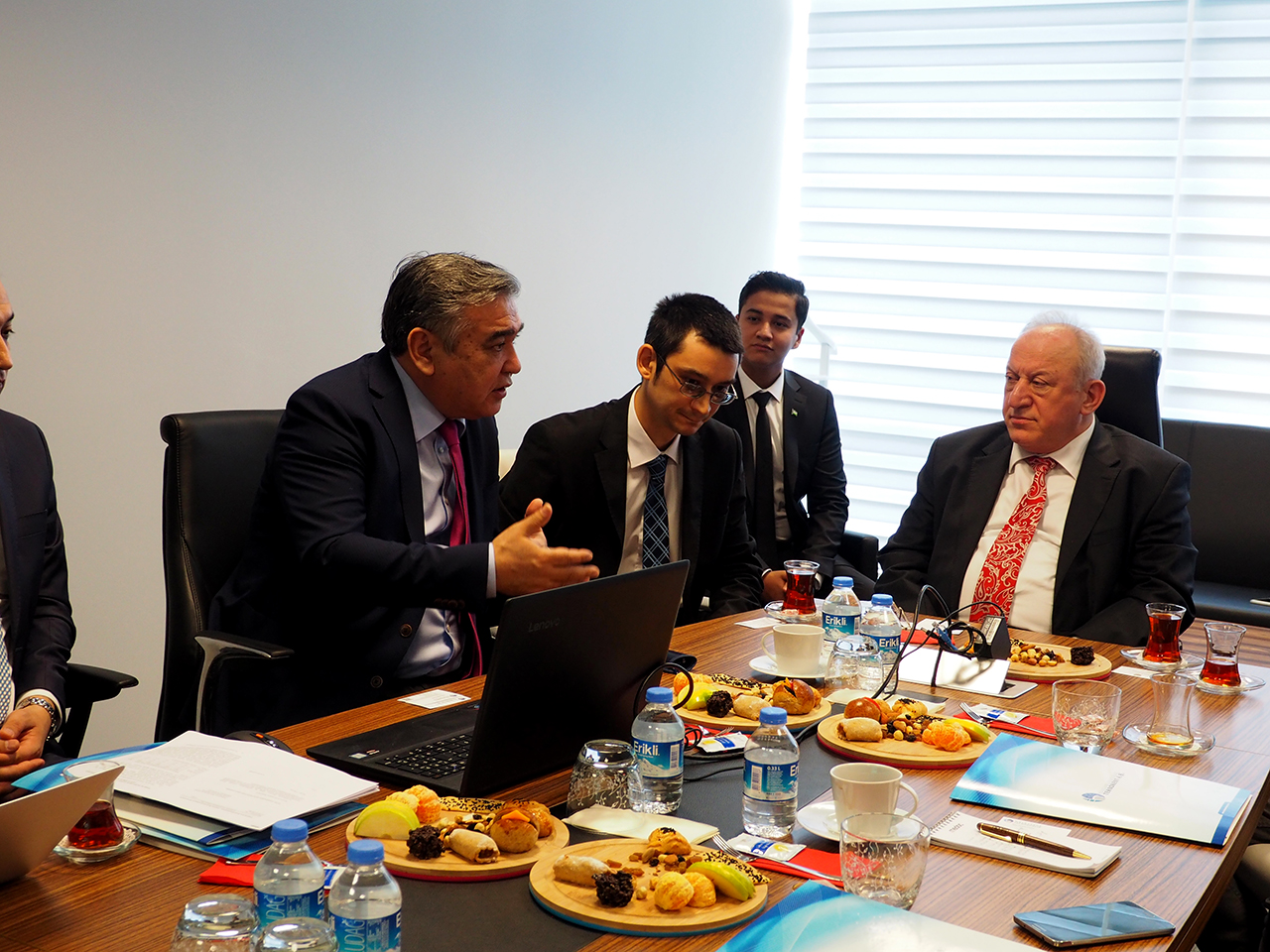 Ülkeler ve Fırsatlarda Konuğumuz Özbekistan oldu